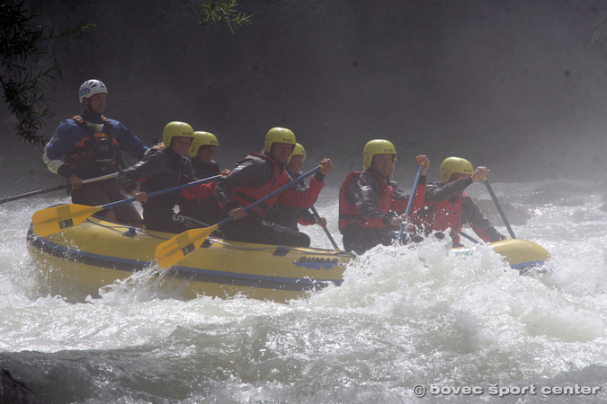 Kayak_Bovec_Sport_Center_Soca_Valley_Adventures_Rafting_Canyoning_6web_024