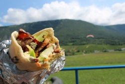 Gyros and paraglider